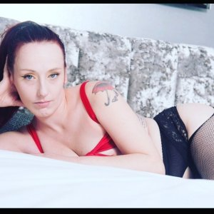 Alisha escort girl in Salem